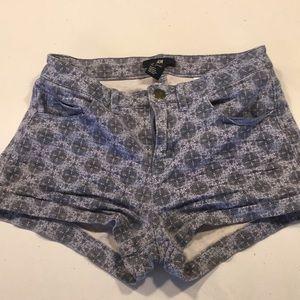 Blue printed shorts!